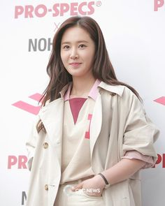 Seohyun, Snsd, Kwon Yuri, Girls Generation, Girl Group, Rapper, Entertainment, Coat, Fashion
