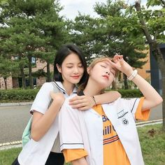 Do Hana and Yeo Boram A-teen webdrama Korean Photo, Cute Korean, Jung So Min, Ulzzang Korean Girl, Ulzzang Couple, Ullzang Girls, Cute Girls, Teen Web, Teen Images