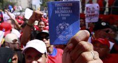 Noticias de Hoy: cuatro opositores venezolanos juran la constituyente