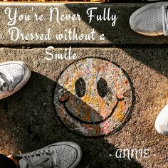 """You're never fully dressed without a smile"" -Annie So true!! 🤩"