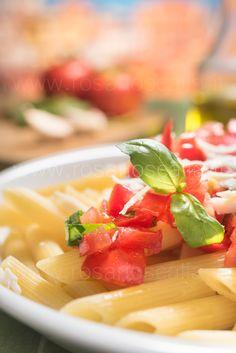 Sicilian raw tomatoes macaroni