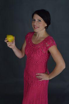 Fuksiaroosa õhtukleit /Fuchsia-pink evening gown