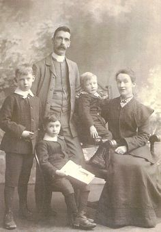 Ireland County Cork Families - Subscription sites are not the best place to show off a full genealogy tree, look at what we can offer