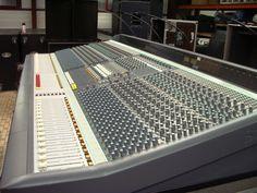 Home Studio Desk, Stage Equipment, Voice Acting, Recording Studio, Black Hair, Braids, Record Player, Consoles, Europe