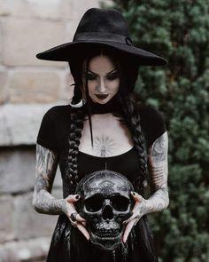 Model: Shelly d'Inferno Photo by The Hendrys Outfit: Killstar Witch Fashion, Dark Fashion, Gothic Fashion, Gothic Aesthetic, Witch Aesthetic, Goth Beauty, Dark Beauty, Steampunk, Clio Musa