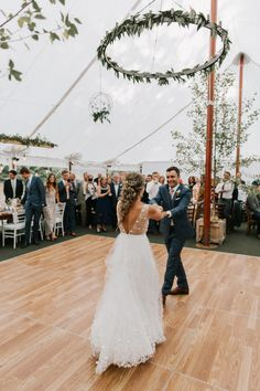 AFA Planning + Design Hardy Farm Hochzeit Tanzfläche Getting What You Want In Parenting Have you eve Outdoor Tent Wedding, Outdoor Wedding Decorations, Outside Wedding, Farm Wedding, Wedding Bells, Boho Wedding, Dream Wedding, Outdoor Ceremony, Wedding Reception