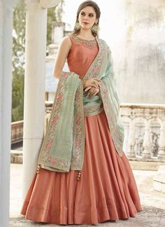 Virasat vol 4 Wedding anarkali Gown Collection. Buy online Boutique Best Choice Virasat vol 4 Stitched Wedding anarkali Style salwar kameez buy at Diwan fashion Surat. Designer Anarkali Dresses, Designer Gowns, Indian Designer Outfits, Indian Outfits, Indian Clothes, Indian Salwar Kameez, Churidar, Indian Anarkali, Moda Indiana
