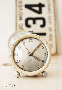 And am crazy for retro clocks;-)