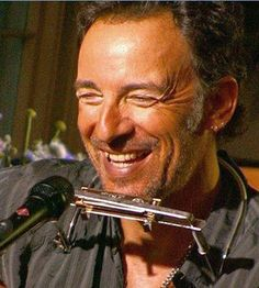 Bruce Springsteen - KEEP ON SMILIN' THAT INCREDIBLE SMILE.   .   .   .   (thesamiposts)