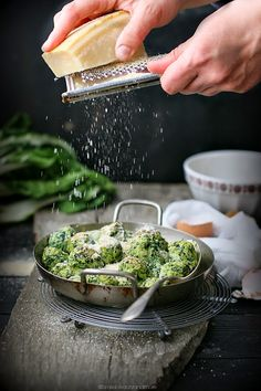 rabatòn (ricotta & parmesan balls with greens & breadcrumbs)