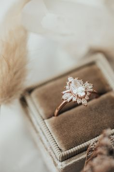 Dream Engagement Rings, Wedding Engagement, Wedding Bands, Engagement Ring Settings, Vintage Engagement Rings, Wedding Ring, Wedding Goals, Dream Wedding, Wedding Day