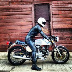 <> 1979 Ducati 900 GTS Darmah Case Model