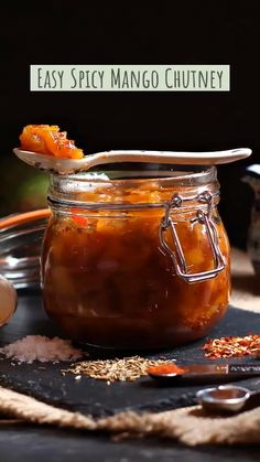 Easy Spicy Mango Chutney - there's nothing like the taste of your own freshly. Mango Relish Recipes, Chilli Recipes, Jam Recipes, Canning Recipes, Indian Food Recipes, Spicy Mango Chutney Recipe, Fig Chutney Recipe, Pickle Mango Recipe, Chard Recipes