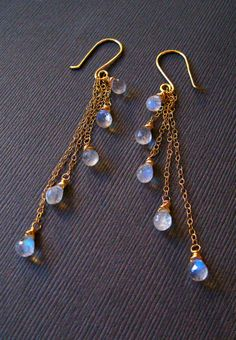 Moonstone Gold Earrings, Wire Wrapped Cascade Dangle Earrings, Handmade Jewelry by Sonja Blume handmade jewelry diy Amber Jewelry, Crystal Jewelry, Gold Jewelry, Beaded Jewelry, Wire Jewelry Earrings, Jewellery Box, Moonstone Earrings, Dangle Earrings, Blue Moonstone