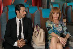 """160 """"Jose María Yazpik como Infante y Cecilia Roth como Norma Boss en Los amantes pasajeros"""" (2012) / #Almodovar"""