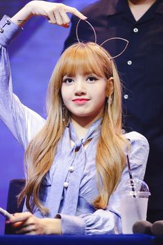 190327 A baby girl was born on this day ago. She is Lalisa/Pranpriya Manoban, the living legend. Lalisa you are the bright of my life ✨ I LOVE YOU LALISA 🐣💜🐣💜🐣💜🐣💜🐣💜🐣💜🐣💜🐣💜🐣💜🐣💜🐣💜🐣💜🐣💜🐣💜 Blackpink Lisa, Jennie Blackpink, Rapper, South Korean Girls, Korean Girl Groups, Lisa Blackpink Wallpaper, Black Pink Kpop, Blackpink Memes, Blackpink Photos