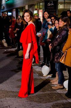 ... Increíble acogida ,,,  Este fue el #sensacional mono de #desfiló en las calles de la #Capital de la mano de The Circular Proyect Shop y Karland Basics   Rojo pasión, lo que nos unió a todos los que allí estuvimos. #Pasión por el trabajo, pasión por desarrollarnos, pasión por vivir.   Feliz día  Equipo Karland Basics Madrid