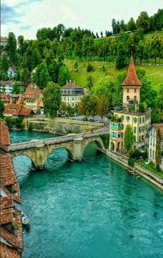 Travel Discover Bern Schweiz - Travel and Extra Places Around The World Oh The Places You& Go Travel Around The World Places To Travel Travel Destinations Around The Worlds Beautiful Places To Visit Wonderful Places Amazing Places On Earth Places Around The World, Oh The Places You'll Go, Travel Around The World, Around The Worlds, Beautiful Places To Travel, Wonderful Places, Beautiful World, Amazing Places On Earth, Dream Vacations