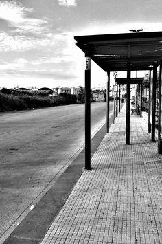 Waiting. Stazione di Siracusa, Sicily.