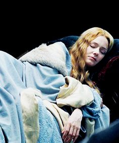 Eowyn-LOTR love this scene Frodo Baggins, The Hobbit Movies, Legolas, Thranduil, Gandalf, Into The West, Shield Maiden, The Two Towers, Middle Earth