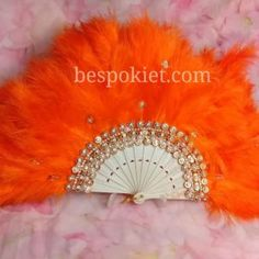 Custom made Handfan Available in different colours Place order and send email stating your specifications . Front as picture and back feather Engagement Hand, Hand Fans For Wedding, White Feathers, Decoration, Wands, Different Colors, Tassel, Special Occasion, Brooch