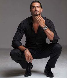 Dusan Susnjar yes please Beautiful Men Faces, Gorgeous Men, Handsome Italian Men, Dusan Susnjar, Poses For Men, Good Looking Men, Cool Eyes, Cute Guys, Male Models