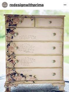 Decoupage Furniture, Chalk Paint Furniture, Vintage Furniture, Cool Furniture, Redoing Furniture, Furniture Design, Lavender Bush, Chalk Paint Projects, Furniture Makeover