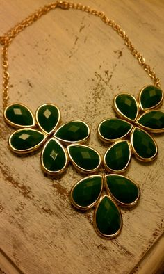 Emerald & gold statement necklace