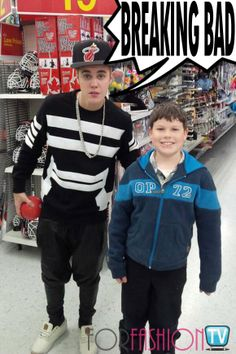 "#JustinBieber & ""30 Goons"" Totally #SonsOfAnarchy Smashing Up A Canadian #Walmart Store?! READ!!!"