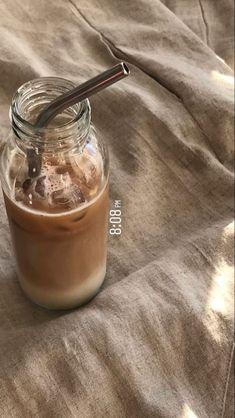 But First Coffee, Coffee Love, Iced Coffee, Coffee Shop, Coffee Drinks, Aesthetic Coffee, Aesthetic Food, Bebidas Do Starbucks, Cafe Food