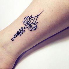 #mulpix Je sens que je suis guérie de toi... Je t'aimerai toujours, ça ne changera pas, mais c'est différent maintenant... Je sais vivre sans toi... [La vie est facile, ne t'inquiète pas - Agnès Martin-Lugand] #Tattoos #Ink #Inked #Unalome #Lotus #FrenchQuote #Quote #Citation
