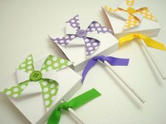 Polka Dot Pinwheel Lollipop Favors
