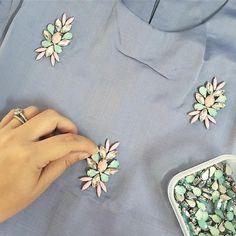 #sayajualservice #sayajahitmanik #craft #wedding #bajunikah #patch #patchinglace #bajutunang #wedding #weddingdress #jahitmanik #manik #chunkybeads #muslimah #ootdmalaysia #ootd #hijabster #muslimahfashion #bajuraya2016 #bajuraya #hijabster #hijabis Bead Embroidery Tutorial, Bead Embroidery Patterns, Flower Embroidery Designs, Bead Embroidery Jewelry, Beaded Embroidery, Zardosi Embroidery, Hand Embroidery Dress, Embroidery On Clothes, Couture Embroidery