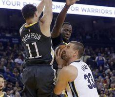 Con 10 triples de Curry, Warriors ganan 141-128 a Grizzlies
