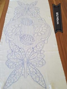 Machine Quilting Patterns, Machine Embroidery Designs, Embroidery Stitches, Quilt Patterns, Bobbin Lace Patterns, Floral Embroidery Patterns, Filet Crochet, Crochet Motif, Romanian Lace