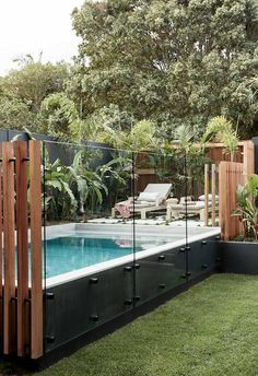 Barefoot Bay Villa a luxurious new holiday home in Byron Bay Backyard Pool Landscaping, Small Backyard Patio, Backyard Pool Designs, Swimming Pools Backyard, Swimming Pool Designs, Pool Decks, Outdoor Pool, Backyard Ideas, Small Swimming Pools