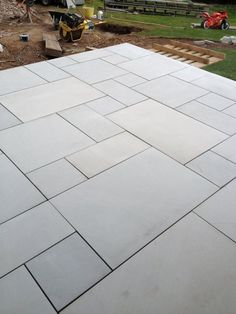 Garden slabs - Sawn Kandla Grey Indian Sandstone Paving Garden Slabs, Garden Tiles, Patio Slabs, Garden Paving, Driveway Paving, Patio Stone, Flagstone Patio, Outdoor Paving, Outdoor Flooring