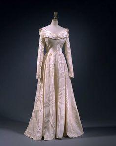 Molyneux Wedding Dress 1948