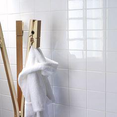 Super Ideas For Bath Room Ikea Godmorgon Cas Bath Quotes, Cheap Shower Curtains, Window Mirror, Room Tiles, Vintage Interiors, Diy Cabinets, Bath Design, Modern Room, Bedroom Colors