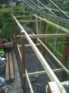 How to build greenhouse staging.