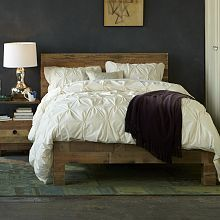 Emmerson(tm) Reclaimed Wood Bed - Chestnut