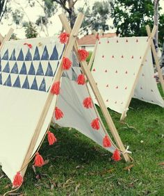 handmade tent tutortial! outdoor fabric would be great here.