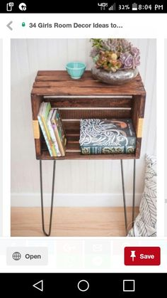 Wooden crates can be an inexpensive way to create almost anything for the home decor. Readily accessible and quite cheap, wooden crates are a excellent element in the conception of storage units or creation pieces of furniture which can be integrated Michaels Crates, Home Decor Items, Diy Home Decor, Decor Crafts, Diy Crafts, Wooden Crate Furniture, Painted Furniture, Wooden Crates Painted, Salvaged Wood