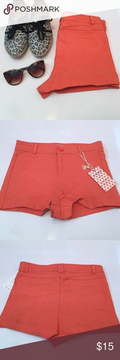 🌟Host Pick🌟Coral Shorts Corals shorts size Medium                                                                     🌟3/21 Top Trends HP thanks to @kmariec! Shorts