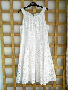 London Times Dress White Cotton Fit and Flare Lined Holiday Summer Size M (236) #LondonTimes #FitFlare #CasualTravel