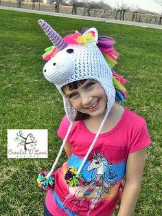 Articles similaires à Boutique Crochet Majestic Licorne chapeau bébé  personnalisé à taille adulte sur Etsy 12c957313ac