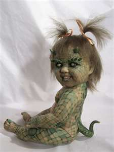 Reptile baby. Good googlie this is so creepy xx