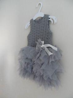 Baby Girl Tutu Dress. Tulle Dress with Stretch por AylinkaShop