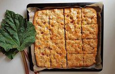 Gluteeniton raparperi-toscapiirakka 200 Calories, Waffles, French Toast, Food And Drink, Bread, Cheese, Breakfast, Morning Coffee, Brot
