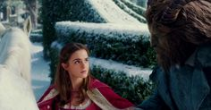 The First Beauty And The Beast Trailer Is Out And It's Magical | Bored Panda